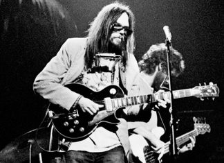 Neil Young parla del nuovo album dal vivo