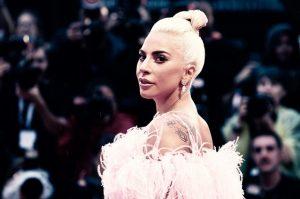 Lady Gaga e la Lettera Aperta Contro il Suicidio - Parla dei Suoi Problemi Psicologici e Fisici.