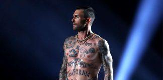 Adam Levine dei Maroon 5 al Super Bowl - Commenta le Critiche per lo Show Americano.