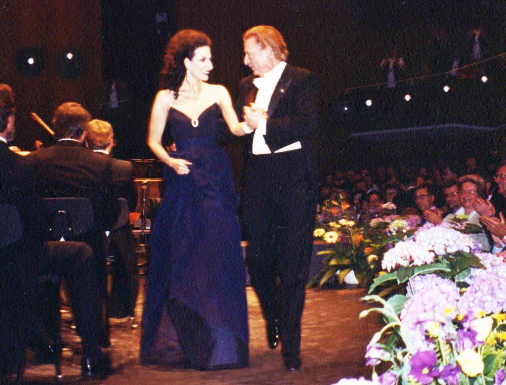 LUCIA ALIBERTI con ALFREDO KRAUS durante un Concerto alla Deutsche Oper di Berlino