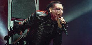 Marilyn Manson termina improvvisamente concerto con un crollo sul palco apparente
