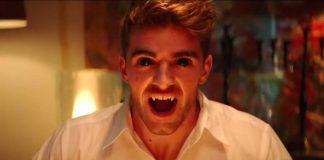 """Sorpresa! I Chainsmokers sono in realtà vampiri nel loro video """"you owe me"""""""